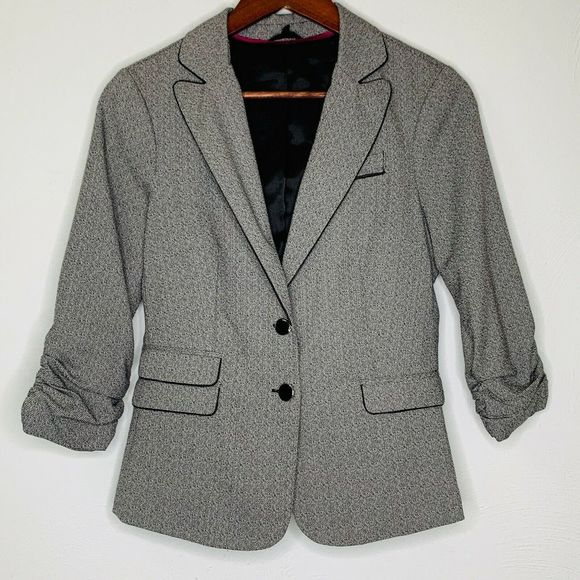 Maurices Jackets & Blazers - Maurices 3/4 Sleeve Gray Button Blazer Jacket M